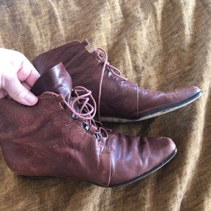 Vintage brown leather lace up booties
